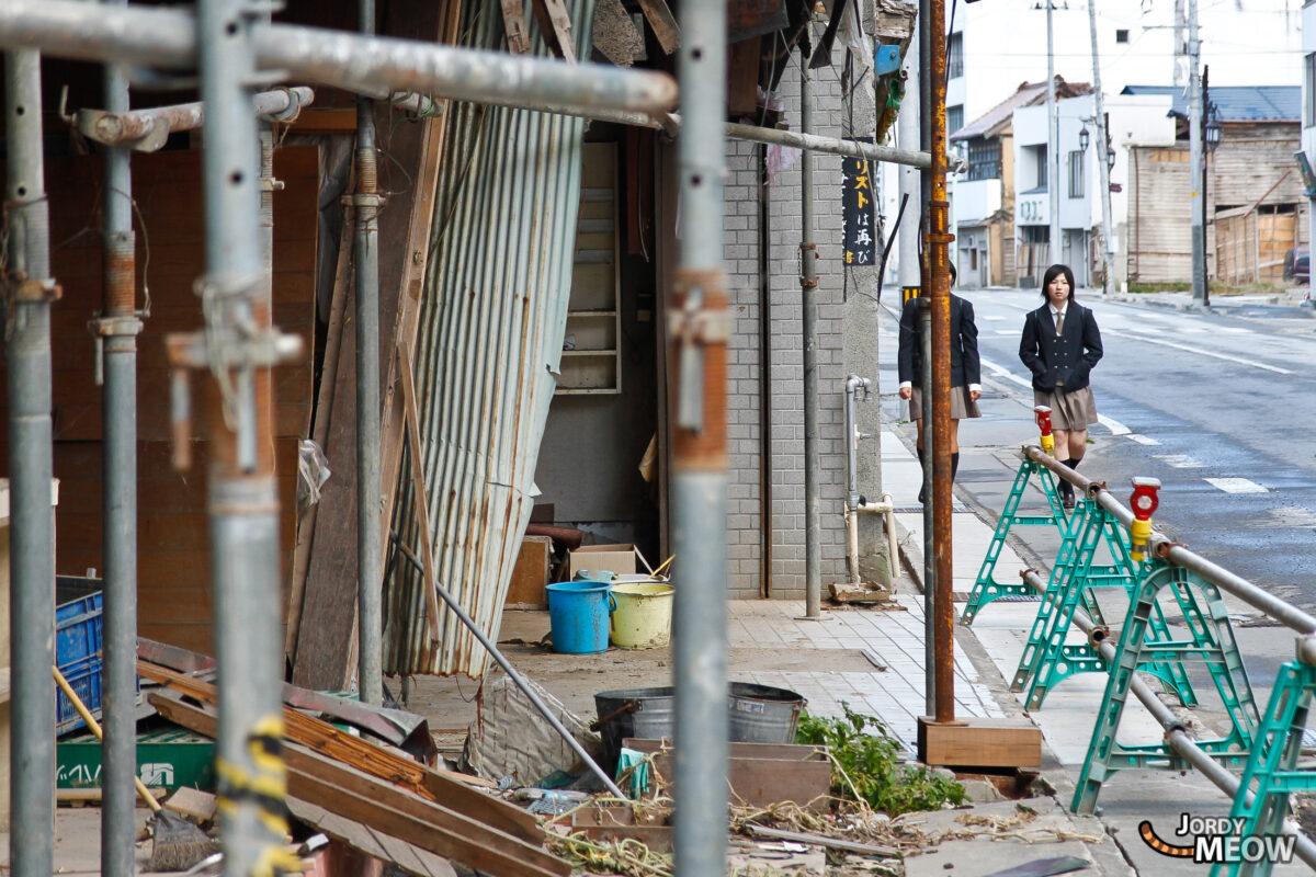 Tōhoku Tsunami - Students