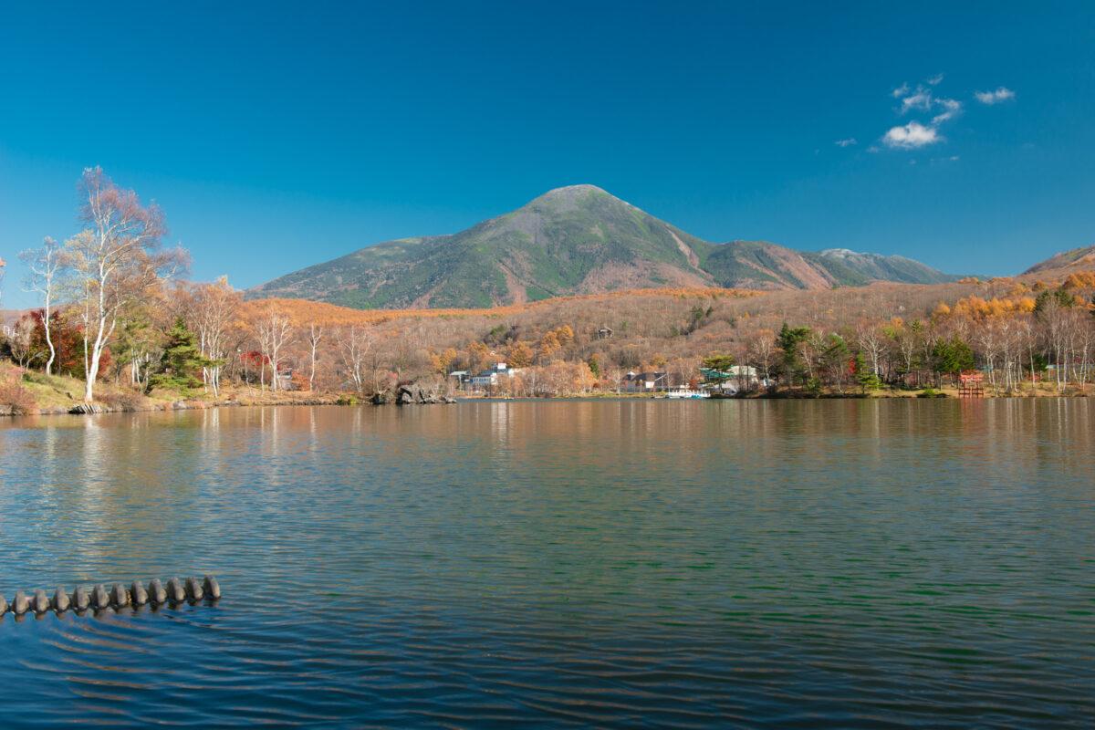 Lake Shirakaba in Autumn
