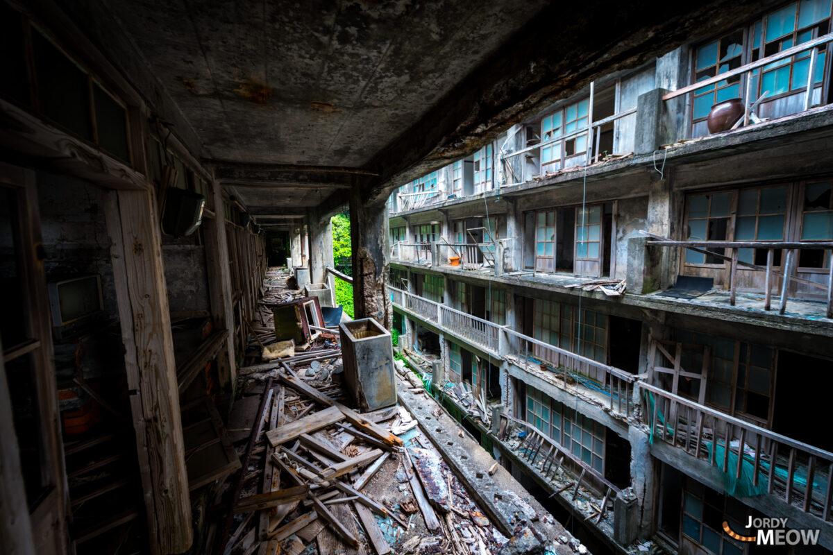 abandoned, gunkanjima, haikyo, japan, japanese, kyushu, nagasaki, on-sale, ruin, urban exploration, urbex
