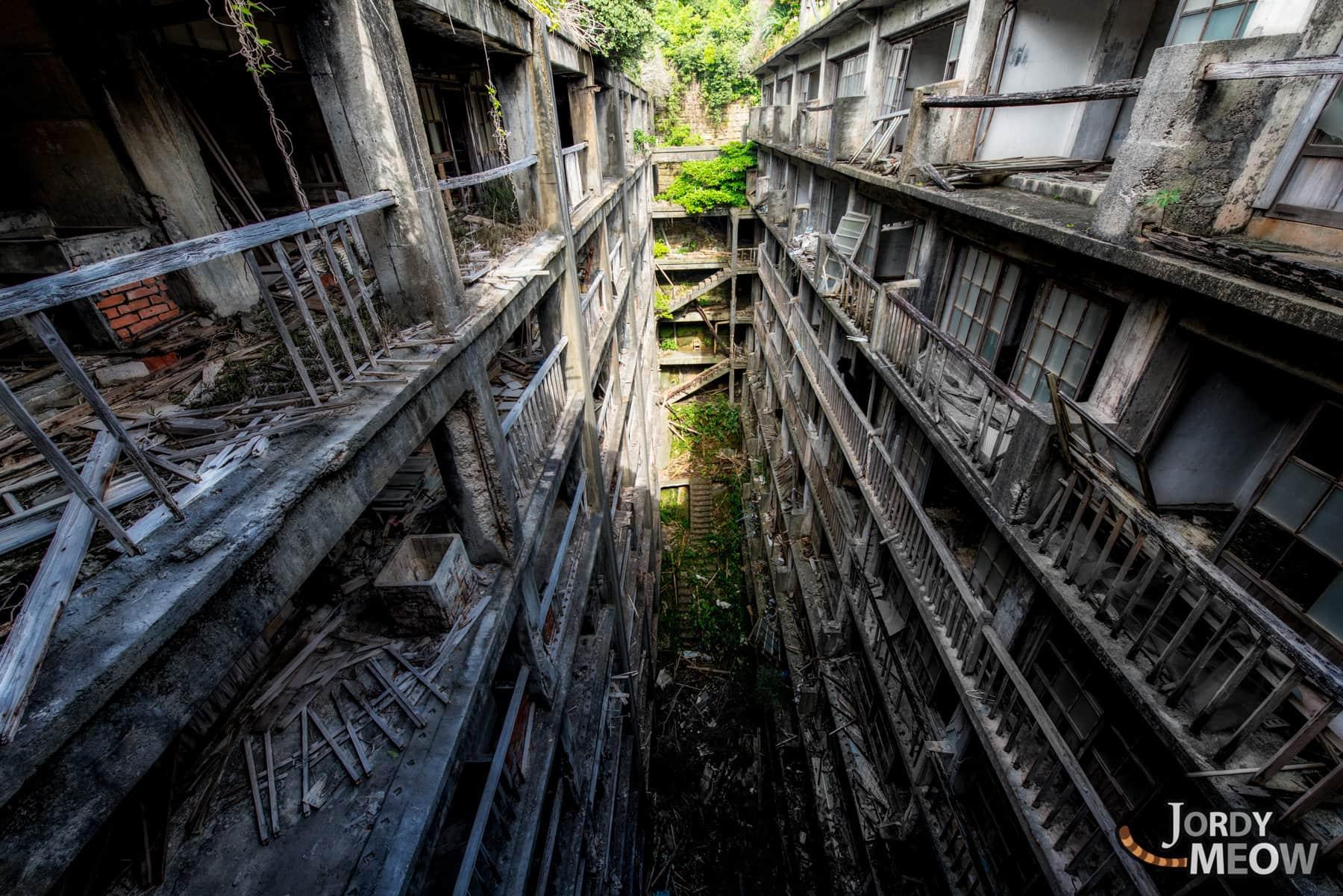 abandoned, by-dreamy, gunkanjima, haikyo, japan, japanese, kyushu, nagasaki, on-sale, ruin, urban exploration, urbex