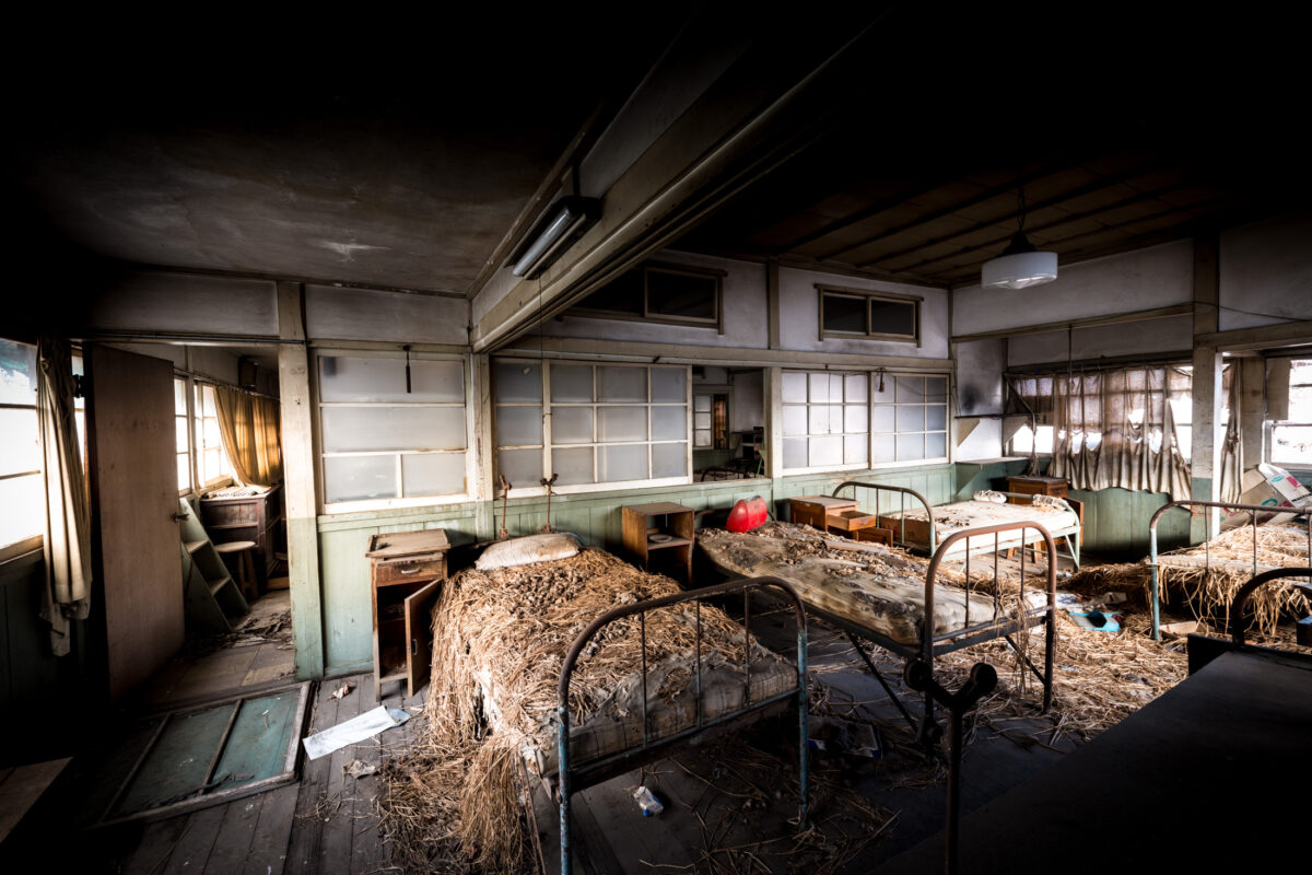 abandoned, haikyo, hospital, japan, japanese, ruin, urban exploration, urbex
